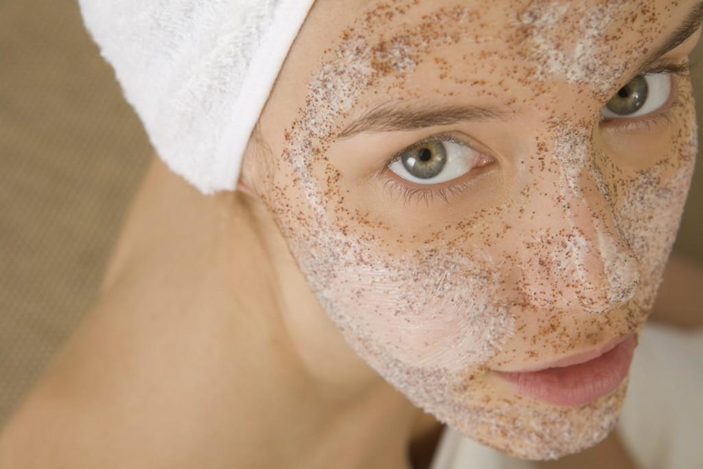 hatékony maszk vörös foltok az arcon)