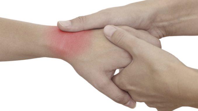 pikkelysömör kezelése népi gyógymódokkal a könyökön