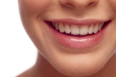 vörös foltok a száj körül egy felnőtt kezelés során