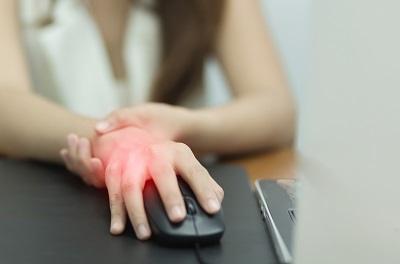 hogyan kell kezelni az ízületi fájdalmat a pikkelysömörben