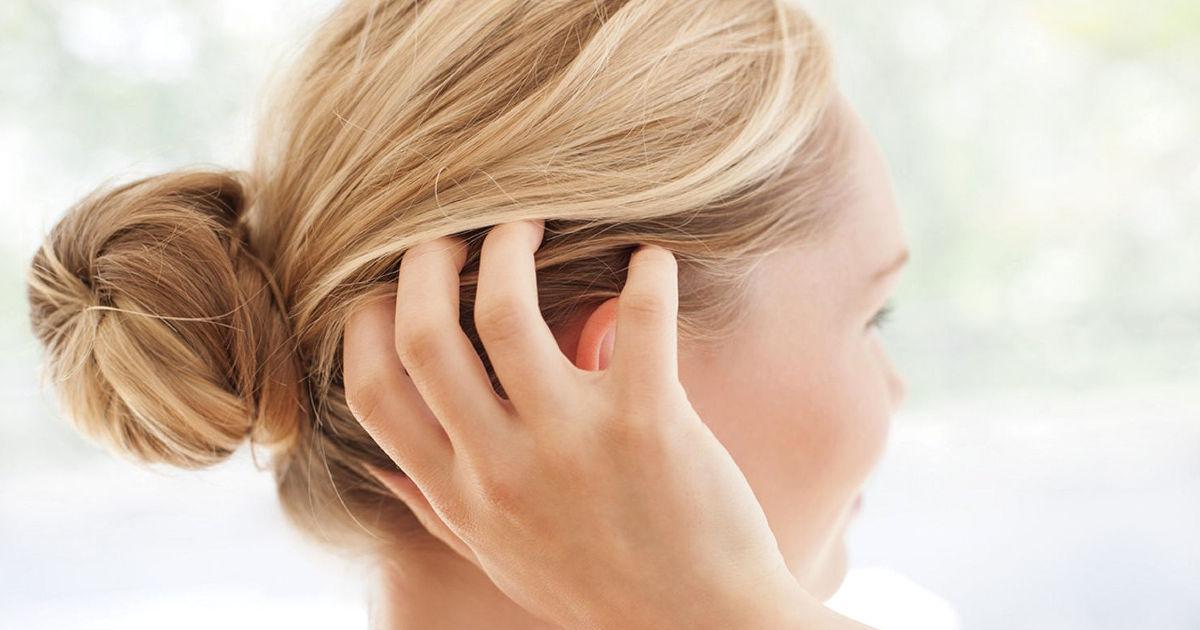 kezelje a fejbőr pikkelysömörét otthon)
